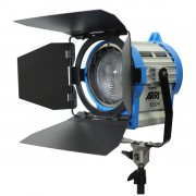 Галогенный осветитель ARRI 650 Plus L0.79400.I
