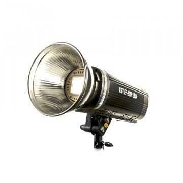Светодиодный LED осветитель FST EF-200R LED