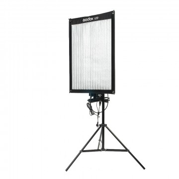 Светодиодный LED осветитель Godox FL100
